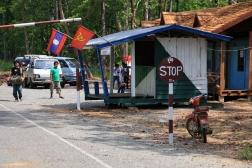 CAMBODGE Frontiere avec le Laos 2009