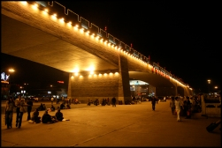 CHINE Xian voyageurs sous les remparts septembre 2007