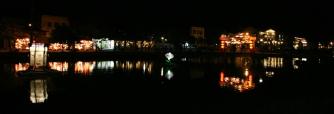 VIETNAM Panoramique riviere de nuit Hoi An