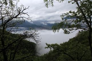 SUISSE Ascona et lac Majeur sous la brume Tessin 2017