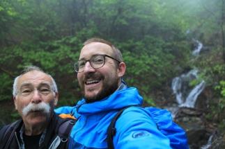 SUISSE Selfie et cascade Gambarogno Tessin 2017
